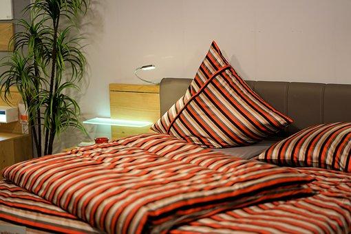 Защо ни е красива спалня, след като можем да имаме просто практична?