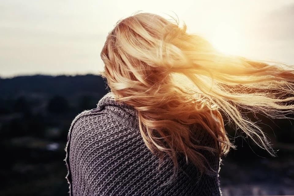 Натурален серум – използвайте го за здрава, красива и жива коса